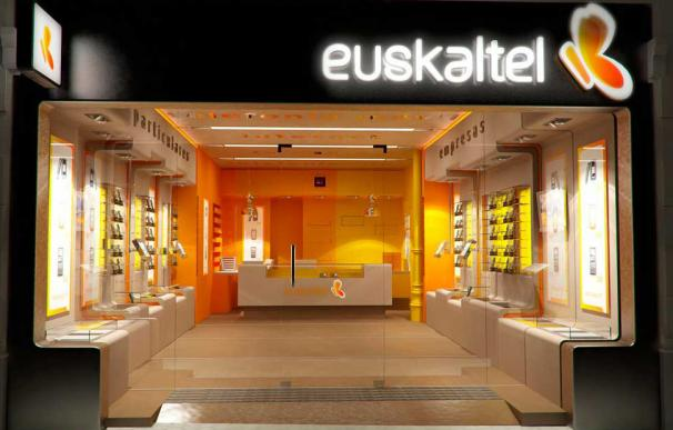 Kutxabank se enfrenta el momento más crítico en Euskaltel